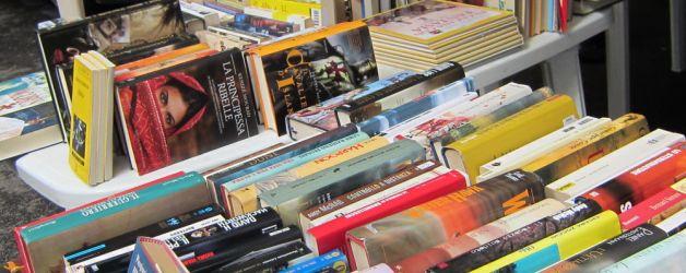 Il tour del mercatino del libro di Alfabeti